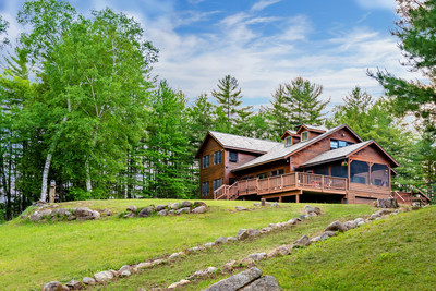 Platinum Luxury Auctions hosted an audience of 6 bidders who competed to own the Paradise Peninsula property on the July 16 sales date. The sale will close the week of August 16, 2021. More at LakefrontLuxuryAuction.com.