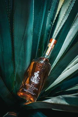 Código 1530 Releases a Special Edition Double Barrel Rosa-Reposado with George Strait