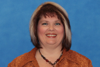 DR. LORI RAKES, NINA B. HOLLIS CHAIR IN EDUCATION AT FLORIDA SOUTHERN COLLEGE