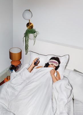 An image from Sanctuary Spa's new This Counts campaign which urges women to set aside 25 minutes a day for themselves and self-care (PRNewsfoto/Sanctuary Spa)