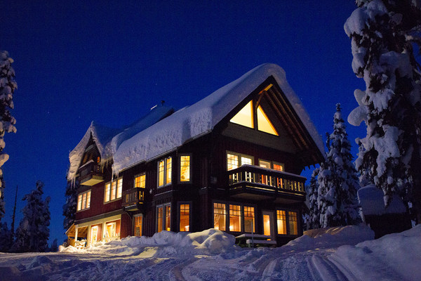 Journeyman Lodge - backcountry ski and snowboard destination in the Callaghan Wilderness outside of Whistler, BC.